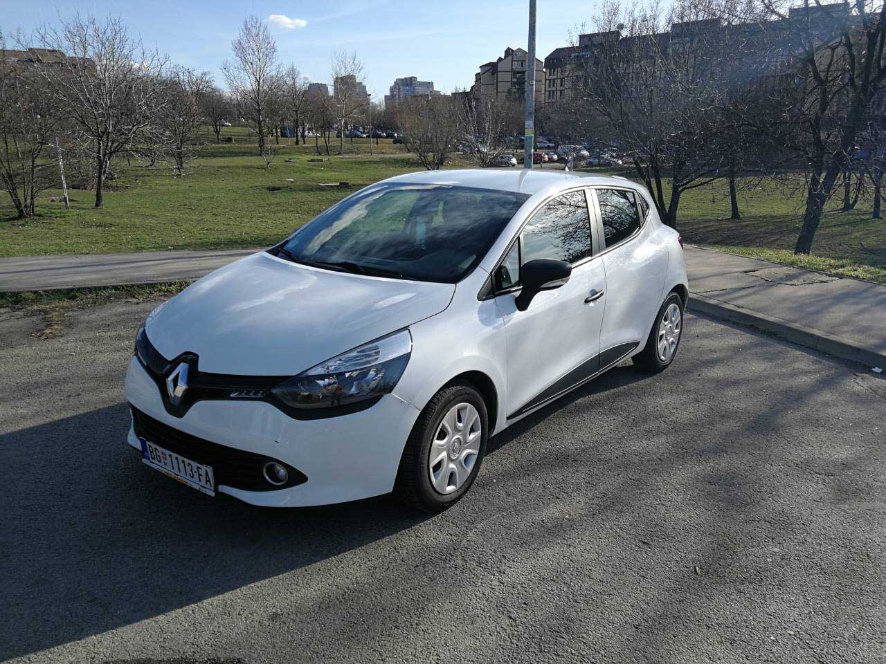 Renault Clio 15 dci manual Easy Rent A Car Beograd